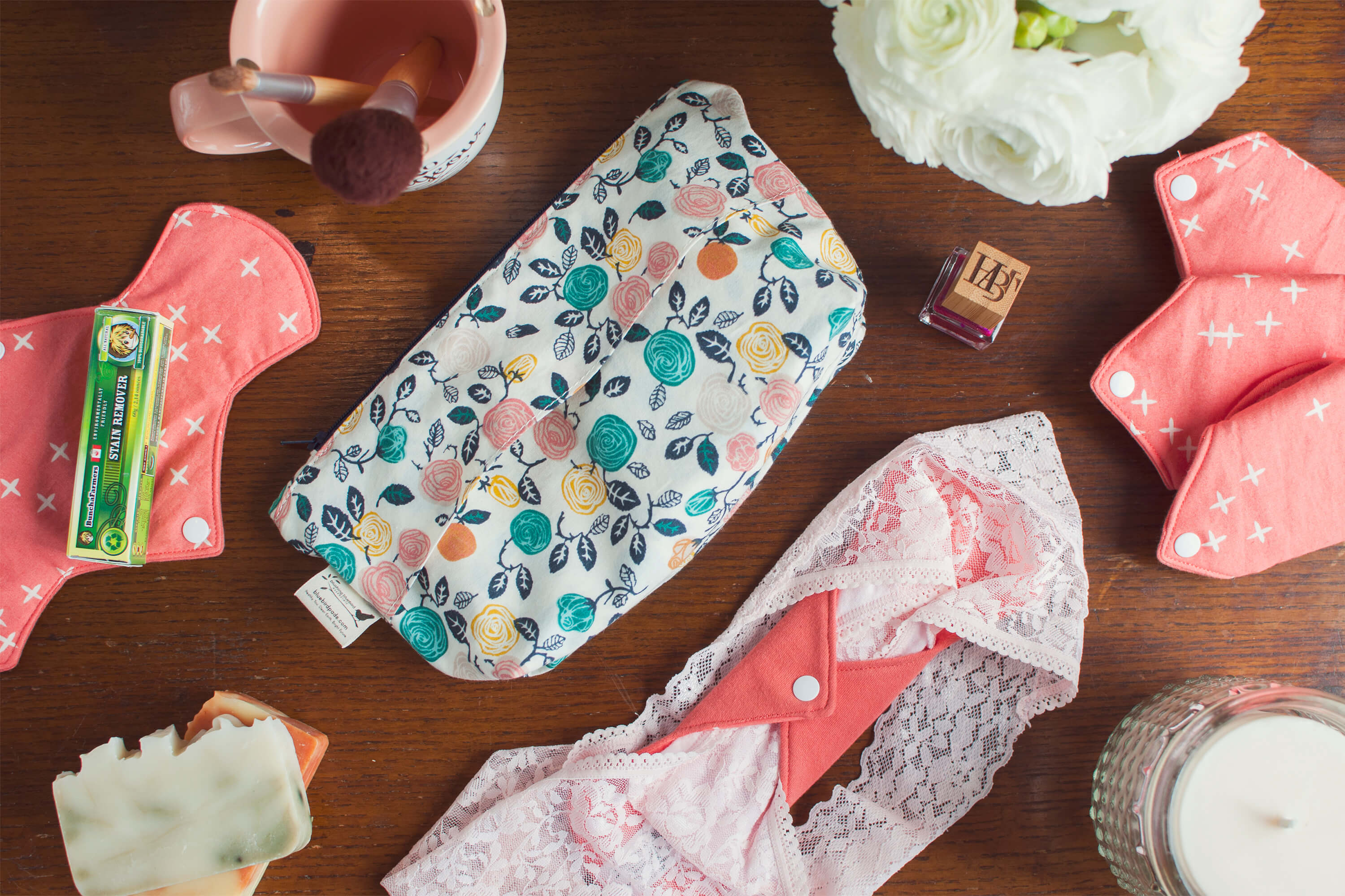 Classic Essentials Organic Cloth Pads Kit