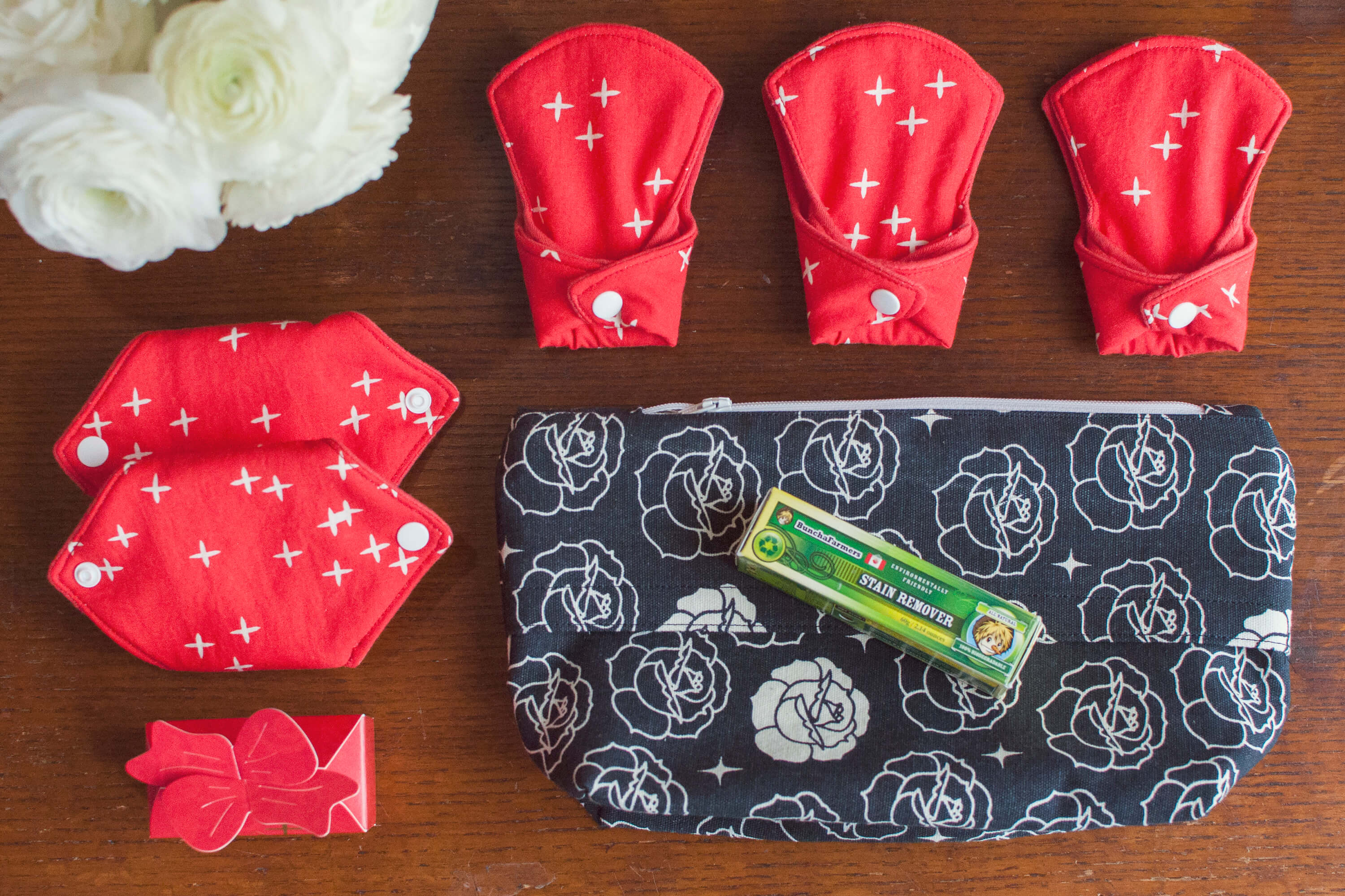 Super Essentials Organic Cloth Pads Kit